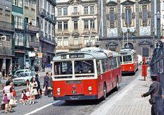 STCP Porto: A rush hour scene at Praça Almeida Garrett with Lancia/Dalfa Trolleybuses