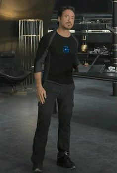 "Did you know that Robert Downey, Jr. wore Porsche Design Bounce:S² in ""The Avengers"" ?"