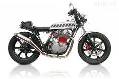 Yamaha SR500 by Deus