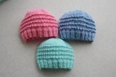 Just My Size Preemie Hat Pattern (Knit) Just My Size Baby Jiffy Knit Preemie Hats Just My Size Baby Jiffy Knit Baby Hat © Cathy Waldie, May 2009 needles, DK/Sportweight yarn C/O 72 stitches around Kn… Baby Hat Knitting Patterns Free, Baby Hat Patterns, Baby Hats Knitting, Loom Knitting, Free Knitting, Knitted Hats, Knitted Baby Beanies, Free Pattern, Baby Knits