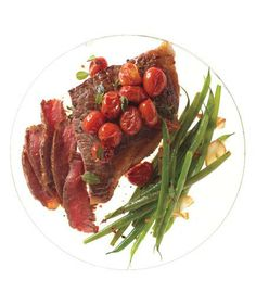 Steak With Skillet Tomatoes and Spicy Sautéed Green Beans recipe