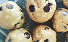 Needing a snack and trying not to reach for something naughty. These Healthy Choc Chip Cookie Dough Bliss Balls will beat those cravings.