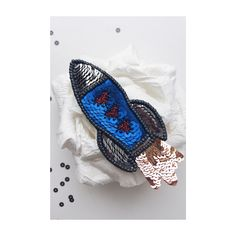 Брошь ракета из бисера Embroidered bead brooch  . Bead jewelry