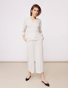 Stylein - Barbara Blouse in pinstripe Fall 2018, Chic, Blouse, Stuff To Buy, Style, Fashion, Dress, Shabby Chic, Moda