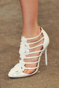 33 Preciosos Zapatos de Novia para Primavera - Bodas