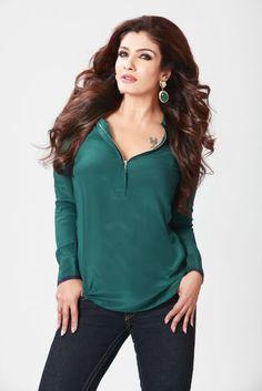 An actress brand value is the same as an actors : Raveena Tandon Indian Actress Hot Pics, Indian Bollywood Actress, Bollywood Girls, Beautiful Bollywood Actress, Bollywood Actors, Bollywood Fashion, Indian Actresses, Bollywood Celebrities, Gras