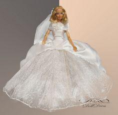 Wedding dress for Barbie dolls