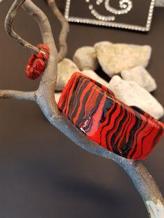 Schmuck Zebra Rot/Schwarz aus Polymerclay Quelle:https://natascha-neugebauer.jimdo.com