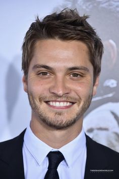 """Luke Grimes Photos - Actor Luke Grimes arrives at the """"American Sniper"""" New York Premiere at Frederick P. - 'American Sniper' Premieres in NYC — Part 2 Luke Grimes, Handsome Celebrities, Handsome Actors, Shades Of Grey, Fifty Shades Cast, Greys Ana, Cole Hauser, Ana Steele, Stars News"""