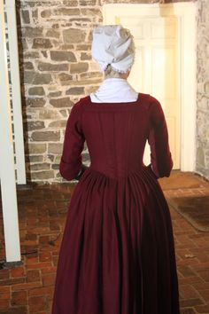 A Dedicated Follower of Fashion: Cranberry wool 1770 gown