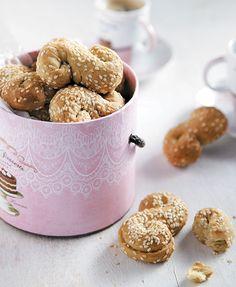 Νηστίσιμα γλυκά Archives - Page 3 of 9 - www. Greek Recipes, Dog Food Recipes, Cookie Recipes, Greek Sweets, Greek Dishes, Types Of Food, Cereal, Recipies, Cookies