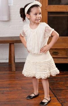 Too Cute Skirt and Flower Headband Free Crochet Pattern from Red Heart Yarns