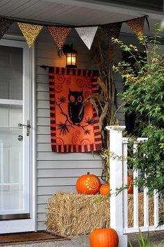 Front Porch for Halloween by Pleasant Home, via Flickr