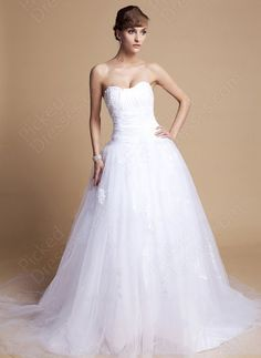 Find Wholesale - BallGown Sweetheart Tulle Satin Chapel Train White Appliques Wedding Dress at Pickeddresses.com