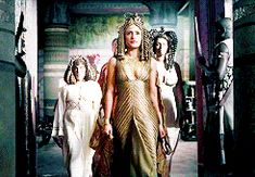 """shierasea: """" Rome • Challenge: (01/05) Outfits """" Cleopatra's dress, (ep. caesarion) """" """""""