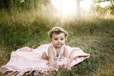 one year old picture ideas, baby pictures, flower crown, soft pink baby photos, Old Photography, Toddler Photography, Birthday Photography, Indoor Photography, Sibling Photography, Photography Articles, 1 Year Pictures, First Year Photos, Baby Girl Pictures