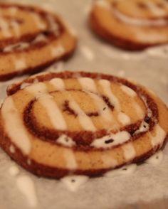 Iced Cinnamon Roll Cookies - OrnaBakes
