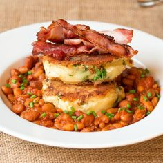 Bubble and squeak with smoky beans and crispy bacon - an indulgent and satisfying brunch!