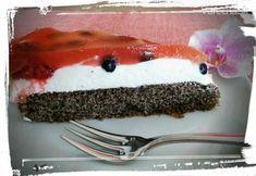 Svieži makovo-ovocný zákusok (fotorecept) Deserts, Pudding, Cake, Food, Basket, Custard Pudding, Kuchen, Essen, Postres