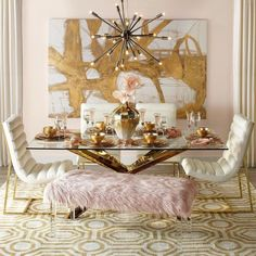 Blush and Gold Dining Room Inspiration Pink Dining Rooms, Luxury Dining Room, Dining Room Design, Dining Room Furniture, Room Chairs, Furniture Sets, Luxury Interior, Decor Interior Design, Contemporary Interior