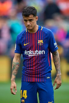 BARCELONA, SPAIN - APRIL Philippe Coutinho of Barcelona looks on during the La Liga match between Barcelona and Valencia at Camp Nou on April 2018 in Barcelona, Spain. (Photo by Quality Sport Images/Getty Images) Camp Nou, Soccer Guys, Football Players, Coutinho Wallpaper, Valencia, Fc Barcelona Wallpapers, Messi And Ronaldo, Marc Andre, Sports Images