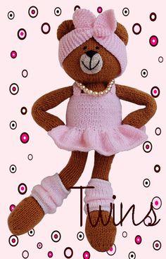 Twins' Knitting Pattern MiniShop: Legwarmers for Very Beary Gnomes - free pattern