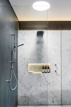 Are you looking for some minimalist bathroom ideas? Here we have several pictures of minimalist bathroom decor ideas you try. No matter how big or small your bathroom is, decorating this room… Continue Reading → Diy Bathroom, Bathroom Toilets, Bathroom Furniture, Bathroom Interior, Modern Bathroom, Bathroom Lighting, Bathroom Ideas, Bathroom Niche, Bathroom Marble