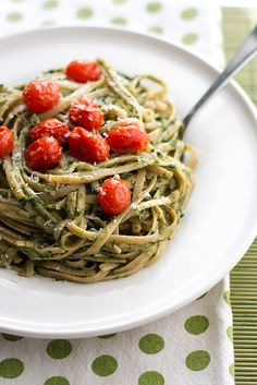 Creamy Spinach and Avocado Pasta with Roasted Tomatoes by Courtney | Cook Like a Champion, via Flickr