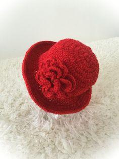 Crochet little girl's stylish hat!  https://www.etsy.com/uk/shop/SarahValleyShop