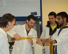 Alumnos del Área Mecánica de INACAP Valparaíso prueban en tractor un combustible biodiesel elaborado con aceites de cocina