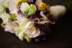 Seasonal September wedding flowers
