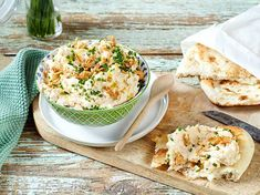 Our popular recipe for simple onion dip and more than other free recipes on LECKER. Our popular recipe for simple onion dip and more than other free recipes on LECKER. Salad Recipes Healthy Lunch, Salad Recipes For Dinner, Chicken Salad Recipes, Healthy Meal Prep, Dip Recipes, Paleo Recipes, Healthy Dinner Recipes, Healthy Nutrition, Healthy Eating