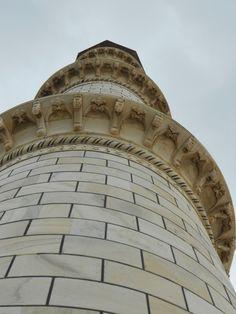 Taj's Pillar Design
