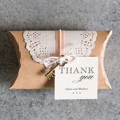 Diy Kraft Pillow Box Favor Wrapping Kit This pretty kraft pillow box with paper doily and twine is perfectly suited for a vintage or rustic wedding theme. Complete with boxes, doilies and twine for wrapping, this kit will undoubtedly show your guests how much you care. For the ultimate personal touch add a personalized tag to make it really stand out.