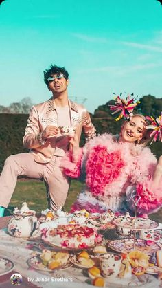 March Sophie Turner and Joe Jonas appeared in 'Sucker' music video Jonas Brothers, Brothers Wife, Sophie Turner Joe Jonas, Nick Jonas, Anastasia Karanikolaou, Las Vegas, Game Of Thrones Funny, Kellan Lutz, Jennette Mccurdy