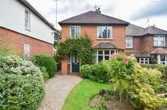 3 bedroom property for sale in Chantry Road, BISHOP'S STORTFORD, Hertfordshire - Guide price £550,000