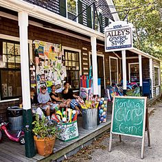 West Tisbury - Martha's Vineyard general store on Cape Cod New England States, New England Travel, Oh The Places You'll Go, Places To Travel, Travel Destinations, Marthas Vinyard, Cape Cod Vacation, To Infinity And Beyond, Summer Travel