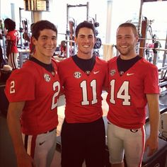 Sexy Aaron murray! Where the football players are beside Aaron that will so be me!