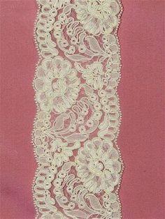 PSP201 Ivory Alencon Lace Trim - Bridal Fabric by the Yard