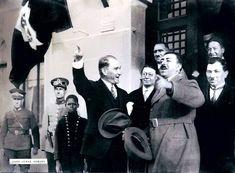 Cemal Işıksel Cemal Işıksel; (d. 1905, İstanbul – ö. 9 Eylül 1989, İstanbul), gazeteci, fotoğraf sanatçısıdır. 1924'te Ankara Hukuk Mektebi'nde okurken Vakit gazetesinde foto muhabirliğine başladı.…