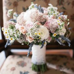 Wildflower, rose and lavender bridal bouquet // Mindy Sue Photography // Bouquet: The Budding Tree