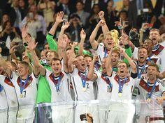 Das Zeugnis für die Weltmeister