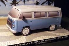 "Volkswagen T2 - Brazilian Kombi Last Edition - by Papercrafts.It == ""This is the Paper Model of Volkswagen T2 Brazilian Kombi. Before production ceases, Volkswagen has announced 600 'Last Edition' Kombis to celebrate the end of Brazil's Kombi VW model. Features unique to the 'Last Edition', famously powder blue paint, whitewall tires, a reworked interior and curtains with branded fasteners. Scale model is 1/35."" - Papercrafts.It"