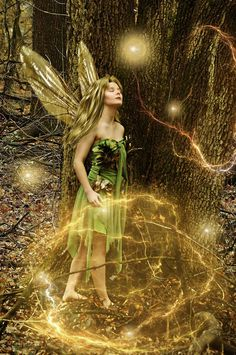 The Faerie tree whisperer ... I love the idea of this fairy by *tytaniafairy on deviantART