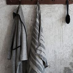 Linen and wool weavers from Finland. Sustainable design products using natural materials, linen and wool. Spa Sauna, Pure Aesthetics, Sauna Design, Linen Towels, Terry Towel, Sustainable Design, Textile Design, Bathroom Accessories, Bathroom Hooks