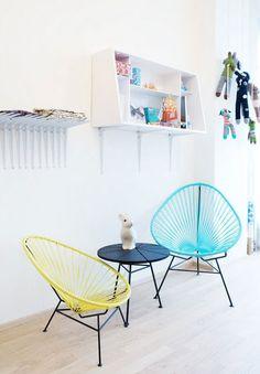 On s'inspire avec une série d'images qui met en scène le mythique fauteuil Acapulco. En intérieur, comme en extérieur, il apporte une jolie touche rétro !