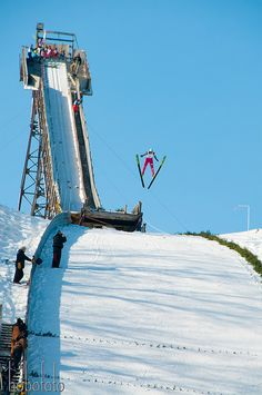 Silvermine Ski Jump in Eau Claire has been sponsoring ski jumping since 1886. The Eau Claire Ski Club is one of the oldest ski clubs in the United States.