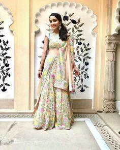 Ethnic Outfits, Indian Outfits, Bollywood Fashion, Bollywood Actress, Bollywood Style, Bollywood Celebrities, Indian Bridesmaid Dresses, Shraddha Kapoor Cute, Lehenga Style