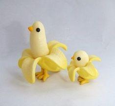 Banana chicks x Cute Polymer Clay, Cute Clay, Polymer Clay Charms, Toy Art, Clay Figures, Vinyl Figures, Art Jouet, Art Mignon, 3d Mode