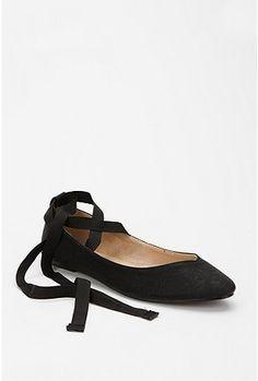 pretty black ballet flats  #shoes #fashion